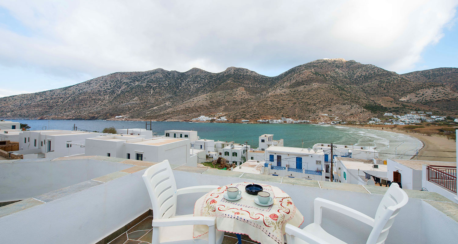 Stay at Kamares of Sifnos with sea views