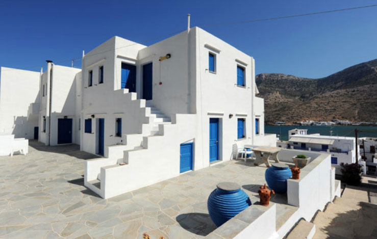 Loumidis rooms at Sifnos