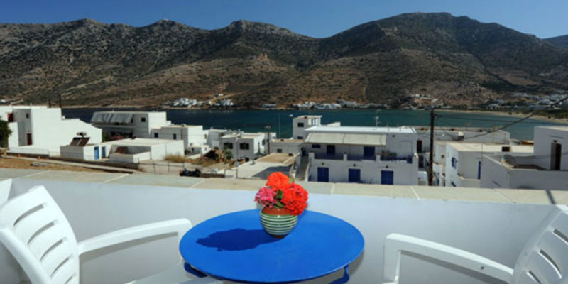 Rooms in Sifnos with sea view